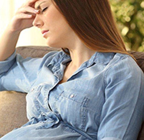 pengaruh-perubahan-hormon-terhadap-kondisi-psikologis-ibu-hamil_s