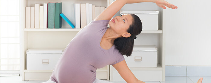 Manfaat Prenatal Yoga Bagi Ibu Hamil Yang Harus Mama Ketahui