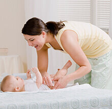 Cara Merawat Si Kecil Usia 4-7 Bulan