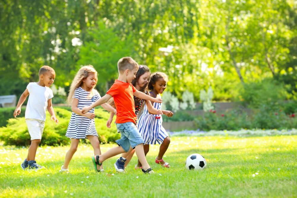 6 Cara Memotivasi Anak Agar Percaya Diri di Usia Dini