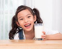 susu-untuk-perkembangan-otak-anak